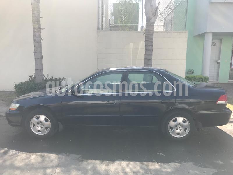 Honda Accord EX-R 3.0L V6 usado (2001) color Negro precio $45,000