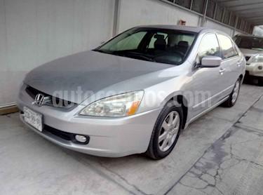 Honda Accord EX 2.4L usado (2005) color Plata precio $119,000