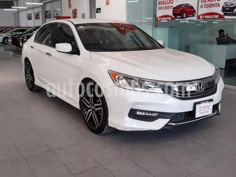 Honda Accord Sport usado (2017) color Blanco precio $290,000