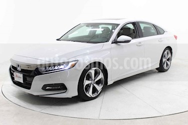 Honda Accord 4p Touring Sedan L4/2.0 Aut usado (2019) color Blanco precio $509,000