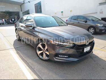 Foto Honda Accord 4p Touring Sedan L4/2.0 Aut usado (2019) color Gris precio $545,900