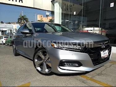 Foto venta Auto usado Honda Accord Touring (2018) color Plata precio $529,000