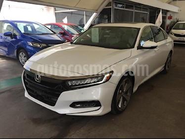 Foto venta Auto Seminuevo Honda Accord Touring (2018) color Blanco precio $529,000