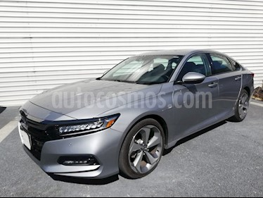 Foto venta Auto Seminuevo Honda Accord Touring (2018) color Plata Diamante precio $535,500