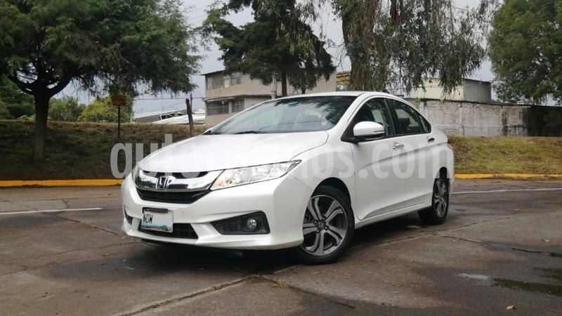 Honda City EX 1.5L usado (2017) color Blanco precio $215,000