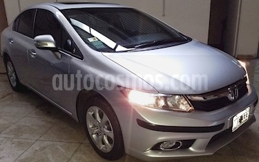 Honda Civic 1.8 EXS Aut usado (2013) color Plata Alabastro precio $800.000
