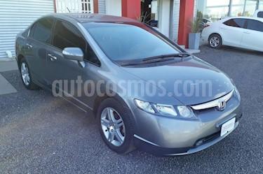 foto Honda Civic 1.8 EXS Aut usado (2008) color Gris Oscuro precio $300.000
