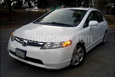 Foto venta Auto usado Honda Civic 4p LX Sedan Aut (2007) color Amarillo precio $110,000