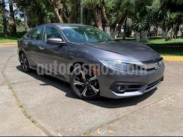 Foto venta Auto usado Honda Civic 4p Touring L4/1.5/T Aut (2018) color Gris precio $400,900