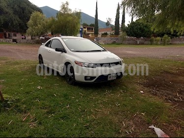 Foto venta Auto usado Honda Civic Coupe EX 1.8L (2006) color Blanco precio $105,000