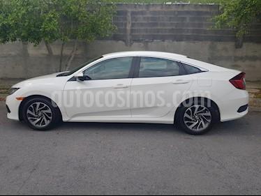 Honda Civic EX 1.8L usado (2016) color Blanco Marfil precio $243,000