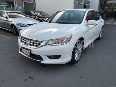 Honda Civic EXL 1.8L Aut NAVI usado (2015) color Blanco Marfil precio $277,000