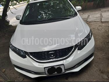 Honda Civic EXL 1.8L Aut NAVI usado (2015) color Blanco Marfil precio $210,000
