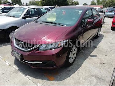 Foto Honda Civic LX 1.7L Aut usado (2013) color Rojo precio $154,800