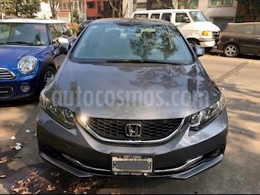 Foto venta Auto Seminuevo Honda Civic LX 1.8L Aut (2013) color Gris precio $147,000