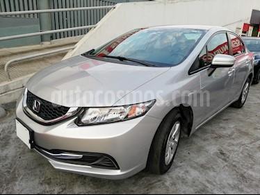 Foto venta Auto Seminuevo Honda Civic LX 1.8L (2015) color Plata Diamante precio $190,500
