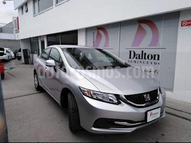 Foto venta Auto Seminuevo Honda Civic LX 1.8L (2013) color Plata precio $159,000