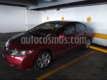 Foto Honda Civic LX 1.8L usado (2011) color Rojo precio $120,000