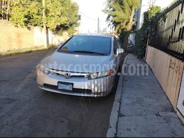 Foto venta Auto Seminuevo Honda Civic LX 1.8L (2008) color Gris Plata  precio $95,000