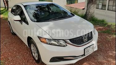 Honda Civic LX 1.8L usado (2013) color Blanco Marfil precio $155,000