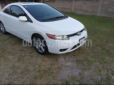 Honda Civic Coupe EX 1.8L usado (2007) color Blanco precio $98,000