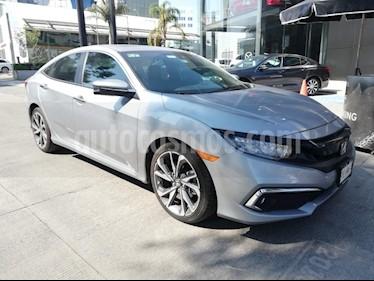 Honda Civic Turbo Plus Aut usado (2019) color Plata Lunar precio $340,000
