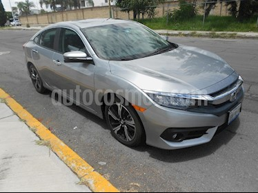 Foto venta Auto Seminuevo Honda Civic Touring Aut (2018) color Gris precio $400,000