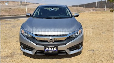 Honda Civic Turbo Aut usado (2016) color Plata Diamante precio $299,000