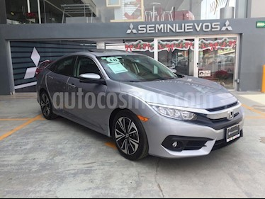 Foto venta Auto Seminuevo Honda Civic Turbo Plus Aut (2018) color Plata Lunar precio $360,000