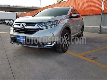Honda CR-V Touring usado (2017) color Plata Diamante precio $389,000