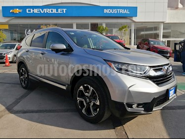 Foto Honda CR-V Turbo Plus usado (2017) color Plata Diamante precio $400,000