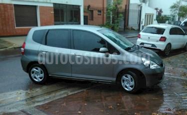 Foto venta Auto Usado Honda Fit LX (2004) color Gris