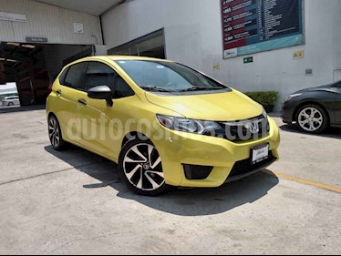 Honda Fit 5 pts. Cool usado (2016) color Amarillo precio $155,000