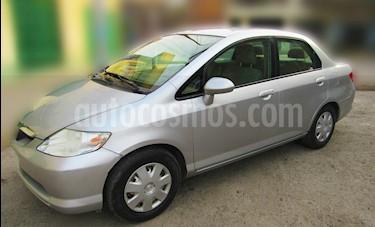 Honda Fit 1.5 LX usado (2006) color Plata precio $6,800