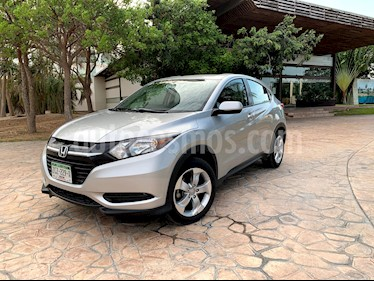 Honda HR-V Uniq usado (2016) color Plata Diamante precio $225,000