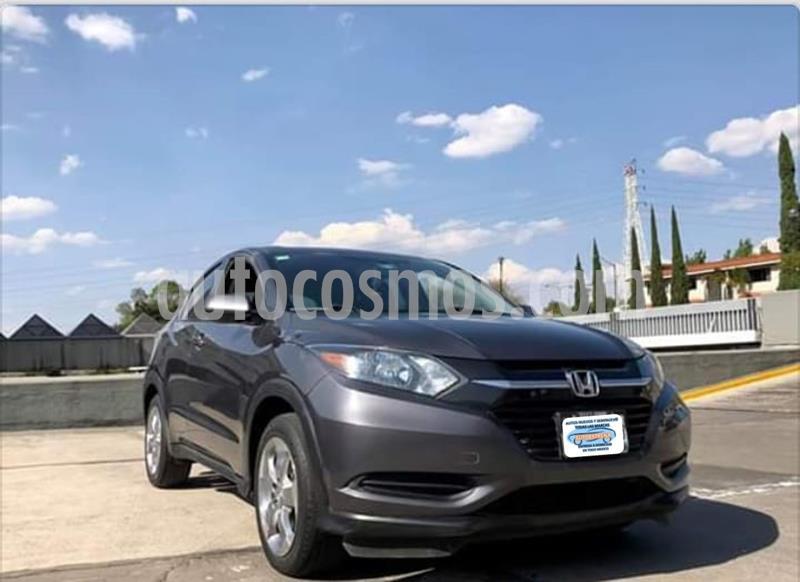 Honda HR-V Uniq usado (2017) color Gris precio $246,999
