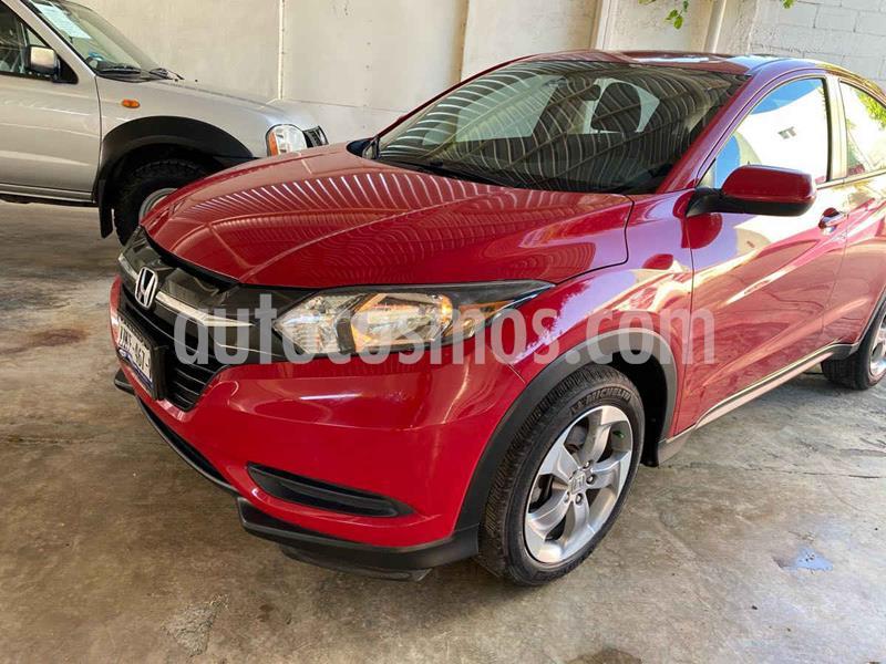 Honda HR-V Uniq Aut usado (2017) color Rojo precio $235,000
