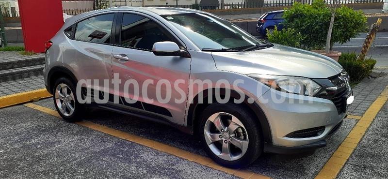 Honda HR-V Uniq usado (2017) color Plata Dorado precio $245,000