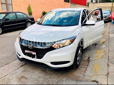 Foto Honda HR-V Uniq usado (2018) color Blanco precio $260,000
