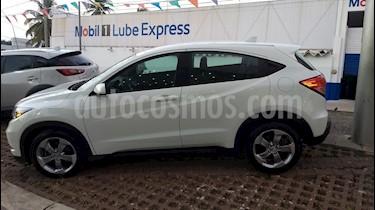 Foto venta Auto Seminuevo Honda HR-V Uniq (2017) color Blanco precio $240,000