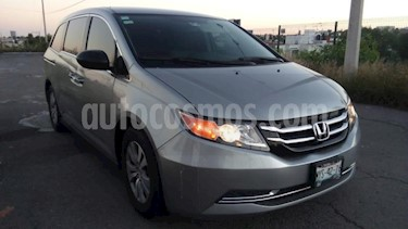 Honda Odyssey 5P LX TA A/AC. CD F. HALOGENO RA-17 usado (2016) color Plata precio $360,000