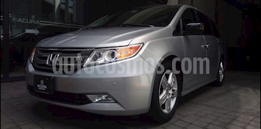 Foto Honda Odyssey 5P TOURING TA CLIMATRONIC QC PIEL CD DVD XENON RA- usado (2012) color Plata precio $270,000