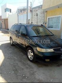 Honda Odyssey EX usado (2001) color Verde precio $42,000