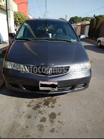 Honda Odyssey LX usado (2004) color Gris precio $77,000