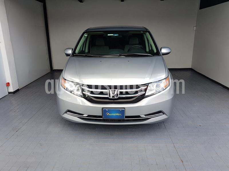 foto Honda Odyssey LX usado (2016) color Plata precio $349,000