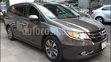 Honda Odyssey 5p Touring V6/3.5 Aut usado (2014) color Gris precio $349,000