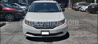 Honda Odyssey 5P LX TA A/AC. CD F. HALOGENO RA-17 usado (2013) color Blanco precio $219,000