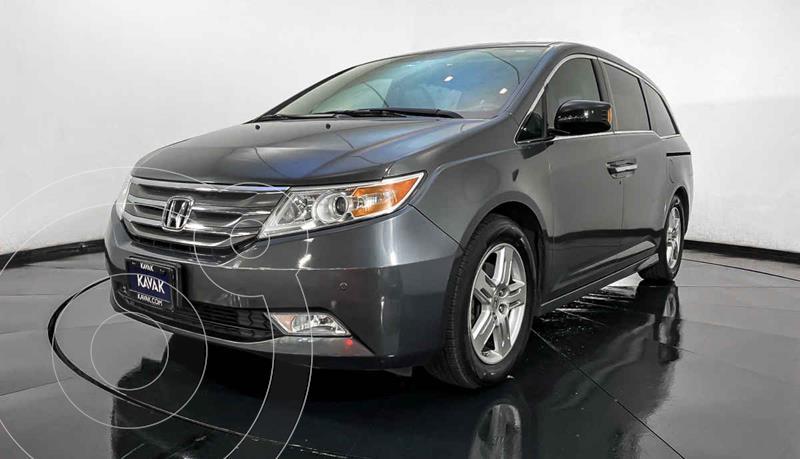 Honda Odyssey Touring usado (2013) color Gris precio $257,999
