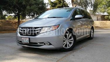 Honda Odyssey 5P EXL TA A/AC. AUT. CD DVD F. HALOGENO RA-17 usado (2016) color Plata precio $370,000