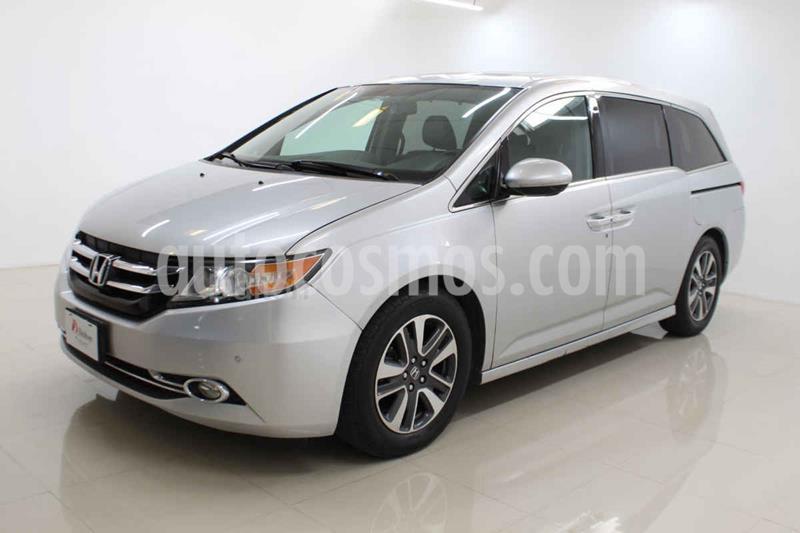 Honda Odyssey Touring usado (2015) color Plata precio $325,000
